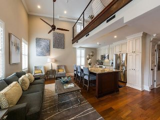 Gorgeous One Bedroom Loft