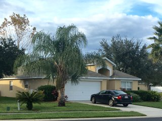 Orlando Area 4 Bed Villa  Near Disney World