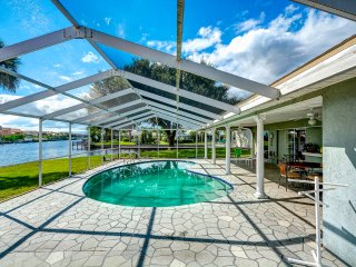 Waterfront Home with Pool and 2-Man Kayak