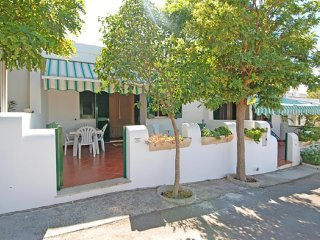 555 House at 200m from the Beach in Torre Vado