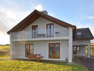 Shelly Way - Escape to this beautiful home!, Dingle