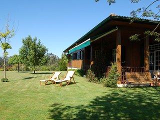 Casa Portinho de Cima is set right above the Tamega river with sensational views