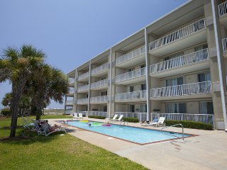 Gulf front vacation condo is an absolute beauty!, Dauphin Island