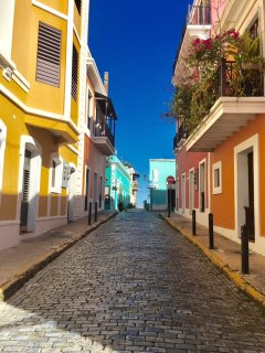 Vacation Rental with Parking , Old San Juan  Apt1