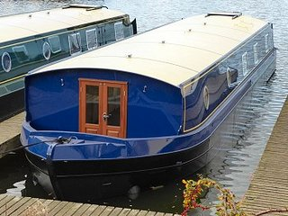 Boat Georgia - Lux Brand New Widebeam Boat -Self Drive Boating Holiday on Thames