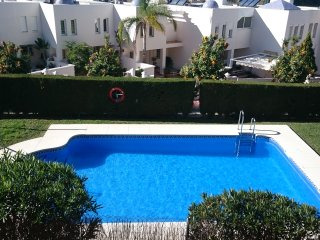 Apartment rental, golf and beach//Apartamento alquiler, golf y playa