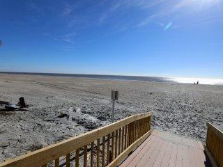 3 BR 2 BA Beach Hideaway - 1126