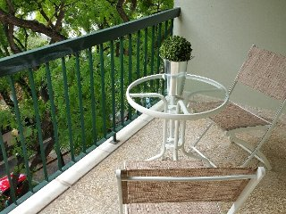Apt with balcony in the heart of Funchal's Old Town with great views & wifi