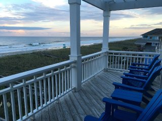 Luxurious, Oceanfront, Five Bedroom Home with Pool & Large Decks, Carolina Beach