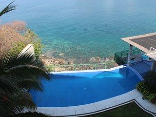 Great View- 2 bedroom-At La Punta Manzanillo 3