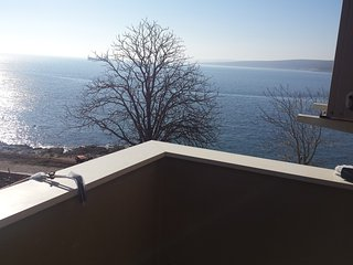 Sea apartment Dobrić-boat mooring koromacno, Labin