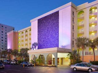Daytona SeaBreeze - Friday, Saturday, Sunday Check Ins Only!, Daytona Beach Shores