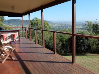 Country Retreat, Peace & Tranquility - the whole house is yours, Laidley