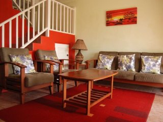 Club Caribbean Luxury townhouse, 7 mins to beach