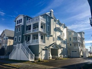 Brand New Unit, 2 blocks from Beach and Boardwalk, Ocean City