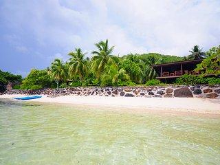 Villa Haapiti Beach by ENJOY VILLAS ( 4 Pax )