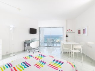 Beach Apartment 13