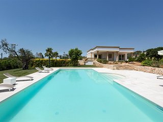 275 Villa with Pool in Parabita Gallipoli