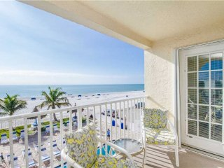 #206 Beach Place Condos