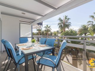 Beautiful apartment 6 pax in front of the beach Llevant of Salou.