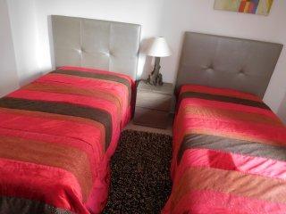 T2 Liz Apartment