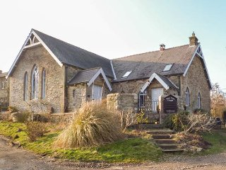THE OLD SUNDAY SCHOOL, semi-detached, woodburner, WiFi, pet-friendly, near