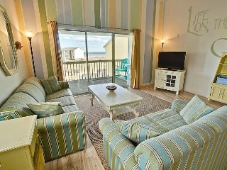 Surf Condo 332 - Magnificent Ocean View, Coastal Decor, Pool, Beach Access, Surf City