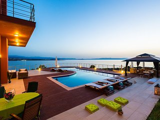 Luxury Villa Kirki with fantastic Sea Views and large private pool, sleeps 10, Tersanas