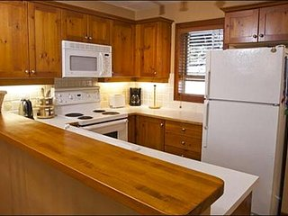 Clean and Modern Fully Equipped Kitchen