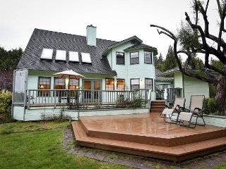 New! 4 Bedroom Estate, 2 Master Suites,Spacious Grounds, Private Tennis Court, McKinleyville