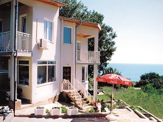 Relaxing villa close to the beach, Byala