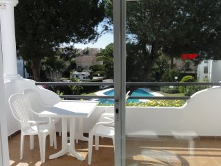 Sun Beach sleeps 8, Cancelada