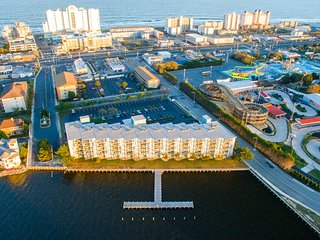 Bayfront 2 Bd!  Last Minute Cancel There Lost Your Gain!