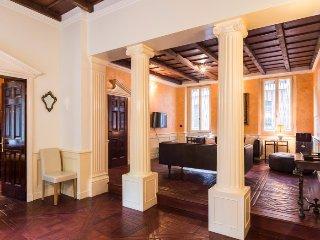 San Babila luxury flat