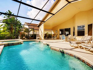 4 Bedroom Villa With Private South Facing Pool & Spa 10 Min To Disney