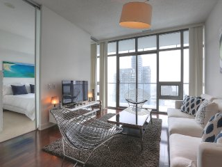 Spirit - Luxury Furnished Condo All In Yorkville