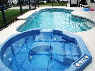 Pool/Jacuzzi/5TV/Internet/Games/Gated 10min Disney, Davenport