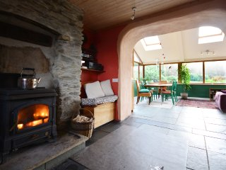 The Grotto - Cosy 3 bed home! Peaceful, Cloghane