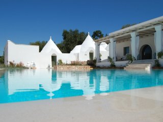 144 Villa Extraluxe with Pool in Ostuni