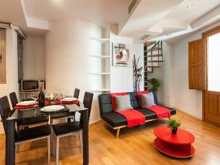 Lonja III apartment in El Carmen {#has_luxurious_…, Manises