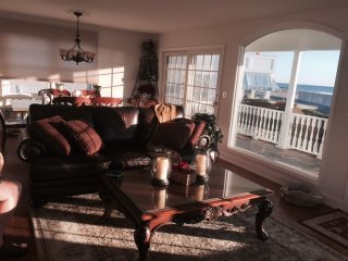 OCEAN FRONT HOME WITH BALCONIES AND SPECTACULAR VIEWS!, Spring Lake