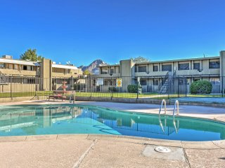 NEW! Newly Remodeled 3BR Phoenix Condo w/Pool View