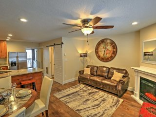 NEW! 2BR Eden Condo w/Pool & Hot Tub Access!