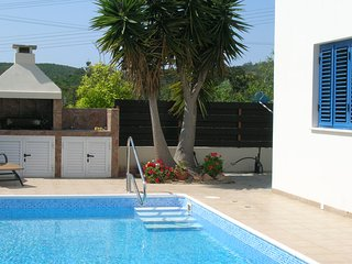 Villa Private Pool 8 Mins Walk To Beach 3 Bed, Protaras
