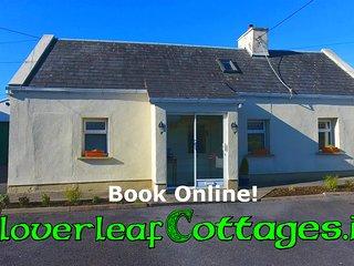 Carraroe Cottage - Right on the Wild Atlantic Way