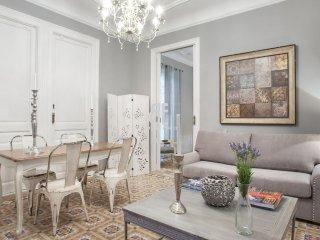 BCN Rambla Catalunya - Elegant, classic and spacious apartment with 2 bedrooms a