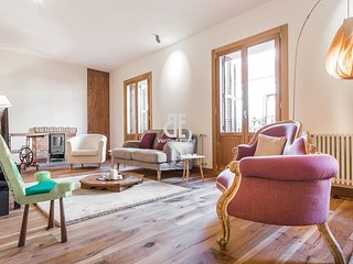 Be Apartment - Beautiful and chic luxury apartment decorated with a rustic