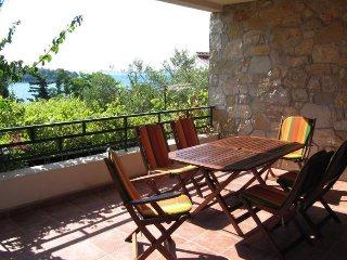 Apartment Olynthia, Maslinica