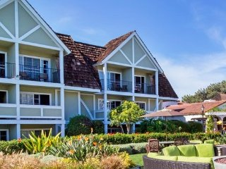 Carlsbad Inn Beach Resort - Fri, Sat, Sun check ins only!