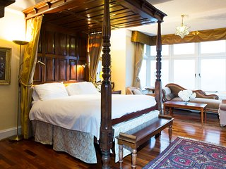 Grand Room Apartment, Lynton